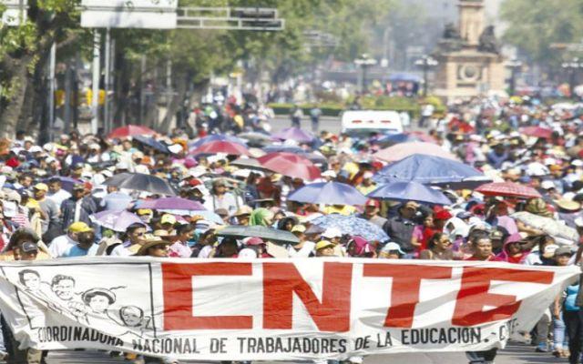 Pérdidas de 2 mil 916 mdp por marchas de maestros - Foto de ABC
