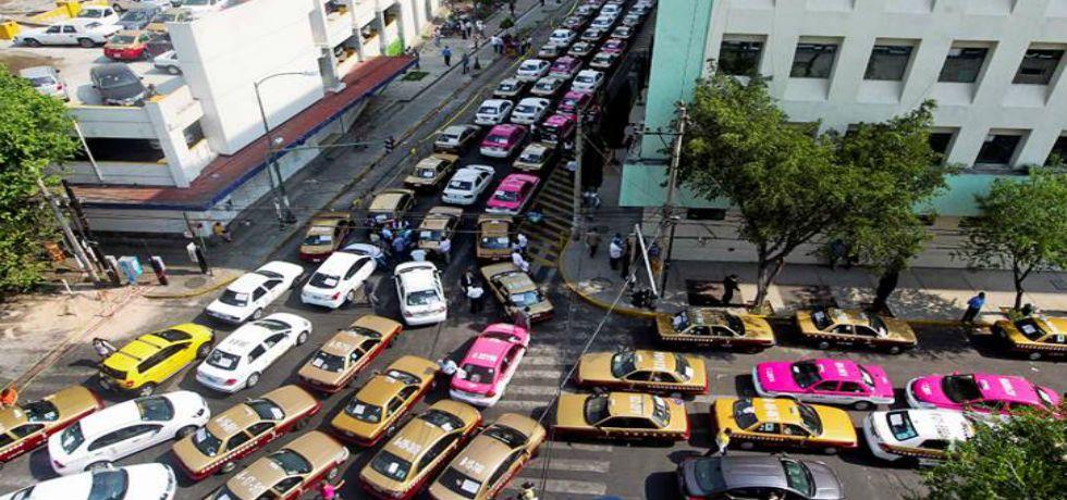 Taxistas piden retiro de Uber y Cabify - Foto de El Universal