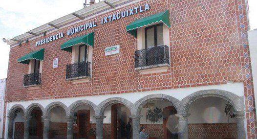Funcionarios municipales pagarán feria valuada en 1.2 mdp - Ixtacuixtla