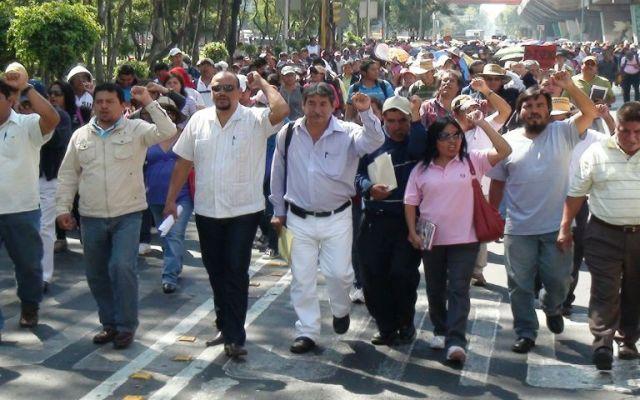 Sección 22 celebra el Día del Maestro con marchas - Foto de Archivo