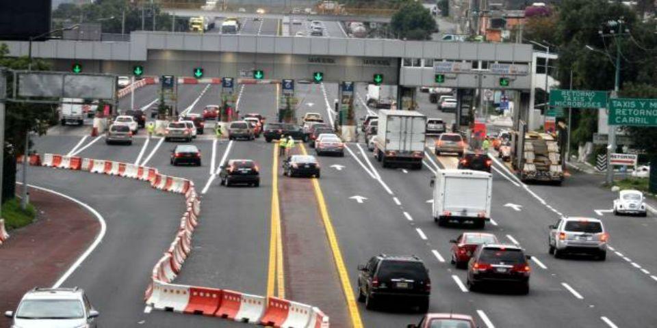 Anuncian operativo en la salida a Cuernavaca por puente vacacional - Foto de Noticieros Televisa.