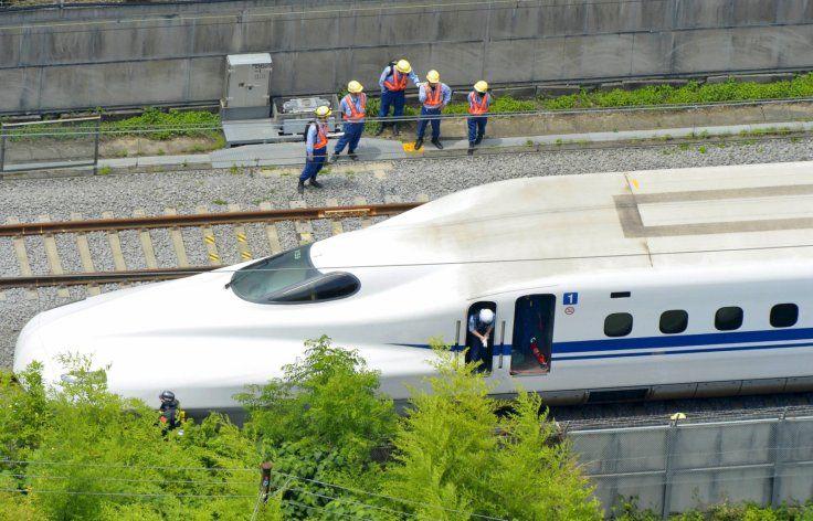 Hombre se prende fuego en tren bala japonés - Foto de IBT