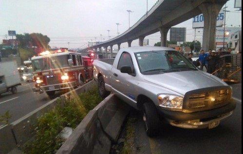 Choque múltiple en Autopista México-Querétaro
