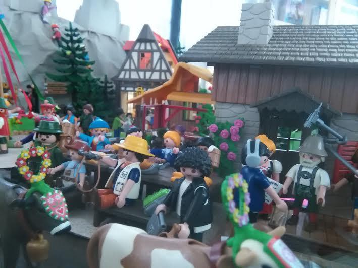 Gastan más de 10 mil pesos en completar una escena de Playmobil - Foto de @ef_tocho