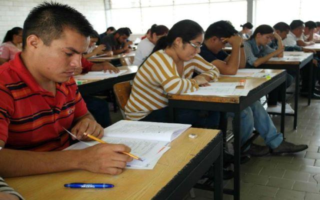 Garantizada la seguridad para la evaluación docente en Oaxaca: Cué - Foto de sie7edechiapas