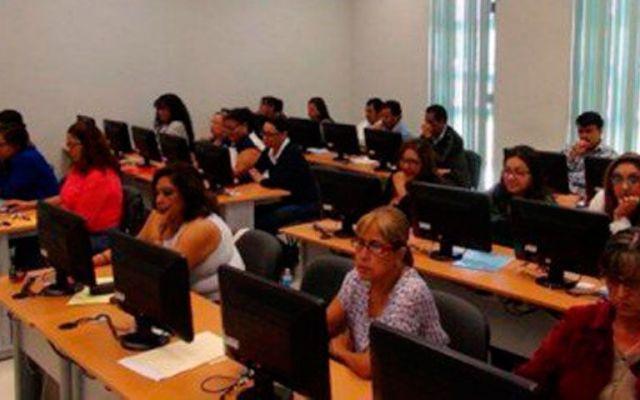 Buscan sustitutos de maestros que no presenten exámenes - Foto de Quadratín
