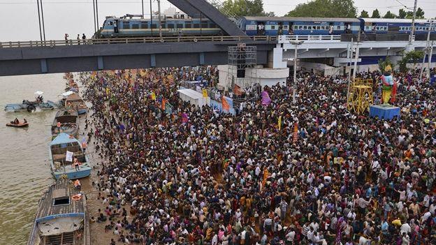 Estampida deja 27 muertos y 40 heridos en India - Foto de CNN