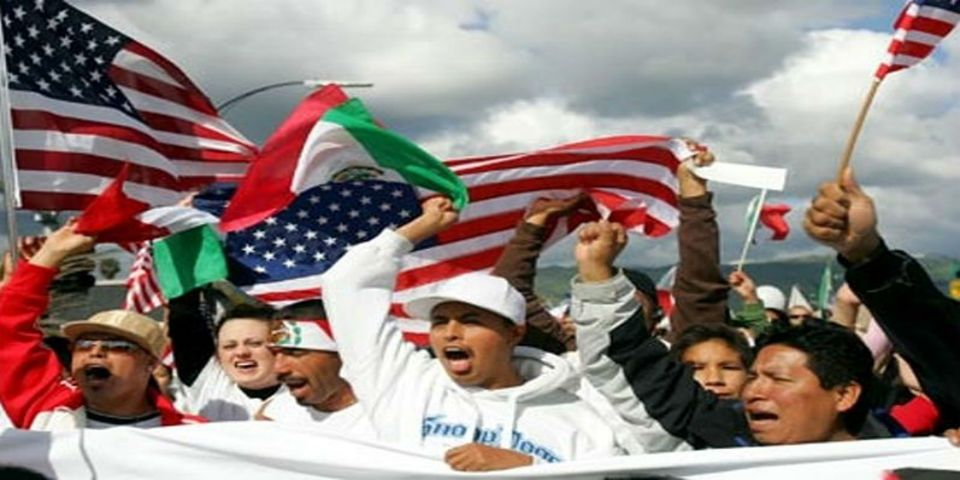 En California hay más latinos que blancos - Foto de Nación.