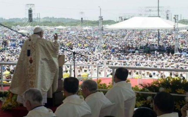 Papa Francisco reunió a un millón de personas en Quito - Foto de Foro TV