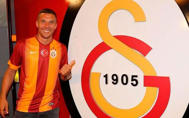 Galatasaray anuncia llegada de Podolski - Foto de @Podolski10