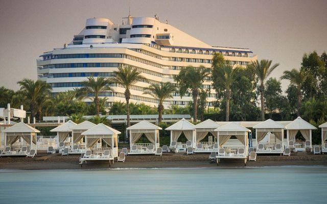 Crean lujoso hotel con forma del Titanic en Turquía - Foto de Daily Mail