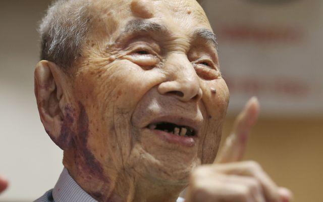 Japonés obtiene Guinness como el hombre más viejo del mundo - Yasutaro Koide. Foto de AP
