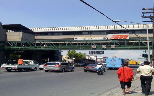 Cierran calles de Monterrey por obras del Metrorrey - Foto de Flcikr