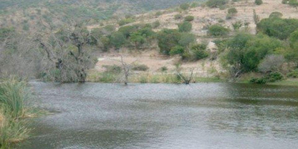 Menor muere ahogada en presa de Ocotlán, Oaxaca - Foto de Quadratín