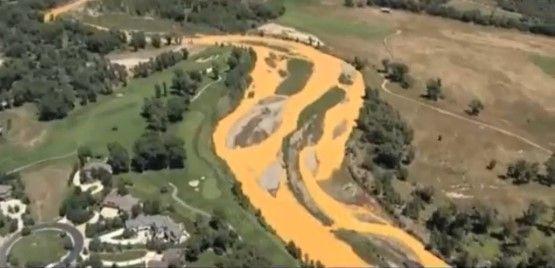 Río Colorado afectado por derrame