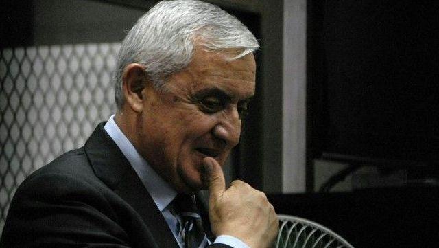 Someterán a proceso penal a Pérez Molina por corrupción - Foto de El Periódico