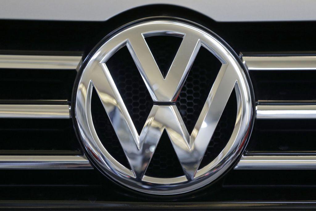 Volkswagen establece plan para salir de la crisis - Foto de AP