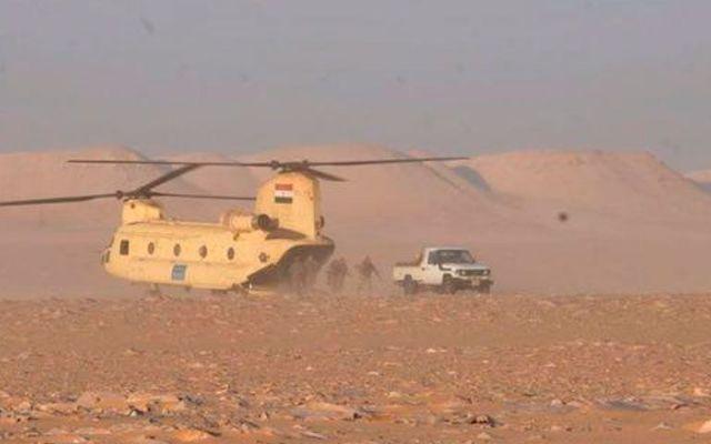 Ejército egipcio mata 10 insurgentes en desierto occidental - Foto de @Terror_Monitor