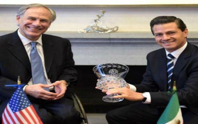 EPN recibe al gobernador de Texas - Foto de @PresidenciaMX