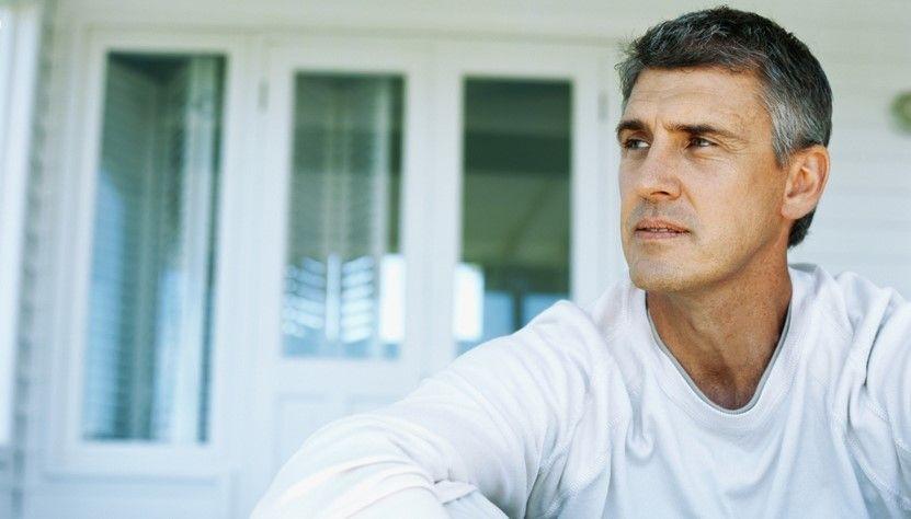 Hombres se vuelven menos atractivos a partir de los 40