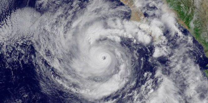 Huracán Linda desciende a categoría II - Foto de NOAA