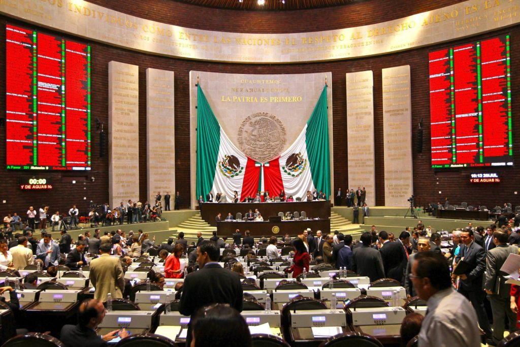 Aprueban diputados ley para regular deuda de los estados - Cámara de Diputados - Foto de semanariolosperiodistas.mx