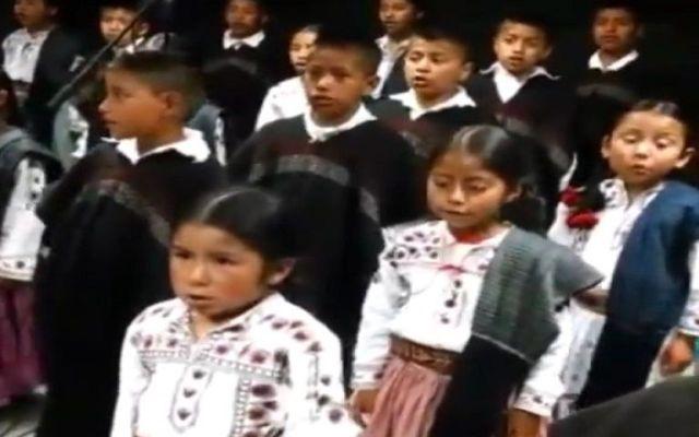 Niños mixes cantarán Himno Nacional en GP de México - Foto de archivo