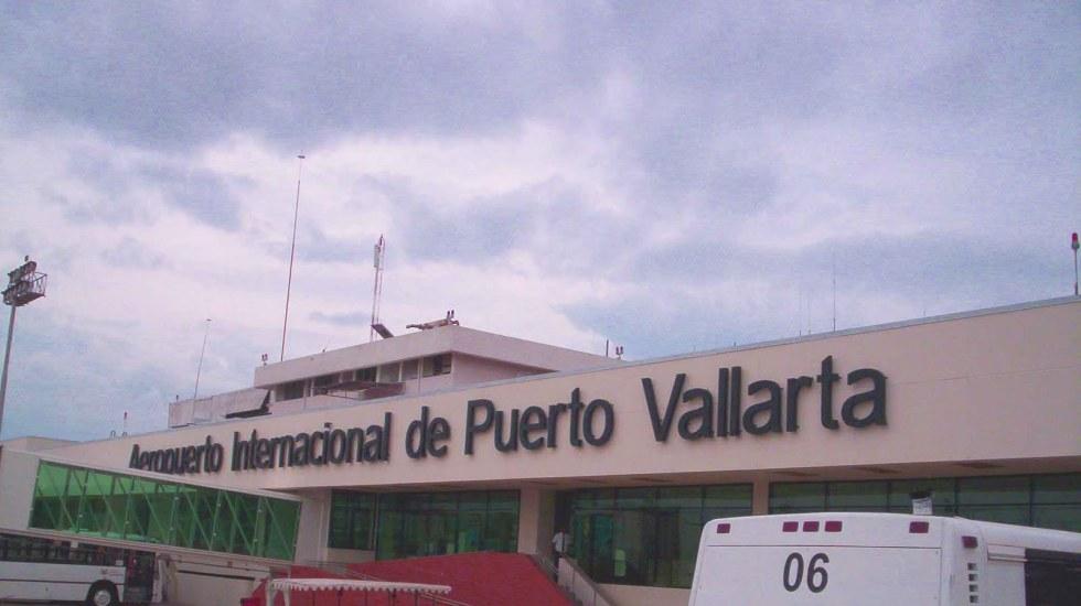 Cierran aeropuerto de Puerto Vallarta por Patricia - Foto de internet