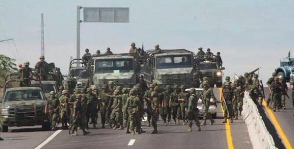 SCJN ordena registrar controversia contra Ley de Seguridad Interior - Las fuerzas armadas han tenido que realizar labores policiales. Foto de @prensa_libre