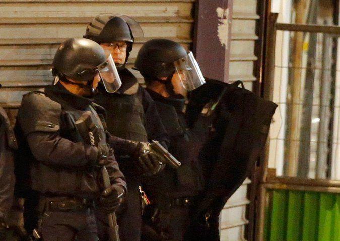 Encuentran artefacto sospechoso al sur de París