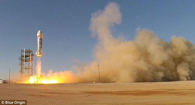 Primer cohete espacial reutilizable logra histórico aterrizaje