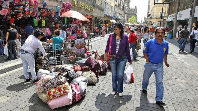 Ubican a Coahuila como el estado con menor informalidad laboral - Comercio ambulante - Foto de internet