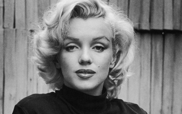 Subastan en 4.8 mdd vestido que usó Marilyn Monroe en cumpleaños de JFK