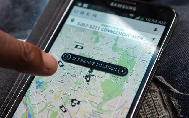 Taxistas agreden a usuarios de Uber en Sao Paulo