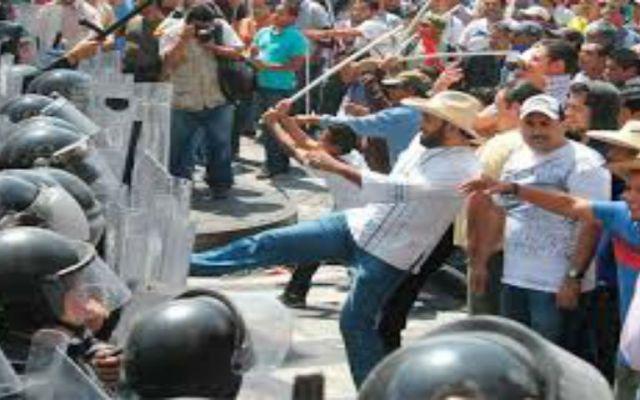 Anuncian maestros paro indefinido en Chiapas - Foto de Uno mas Uno