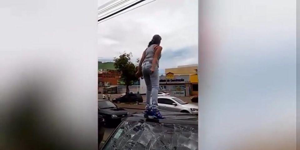 Video: mujer embarazada destruye auto de su pareja