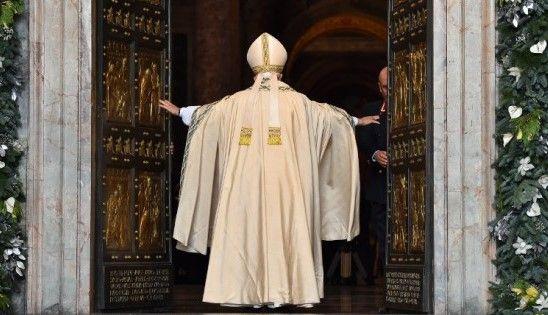 Papa Francisco abre la 'puerta santa', permaneció cerrada 15 años - Foto: internet