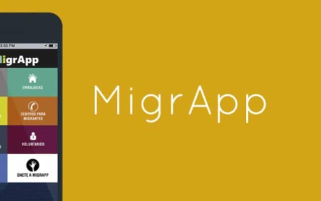 Mexicanos desarrollan app para ayudar a migrantes - Foto de AP
