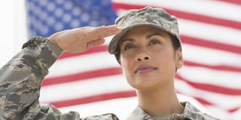 Pentágono abrirá todas las posiciones militares a mujeres - Foto de curvemag.com