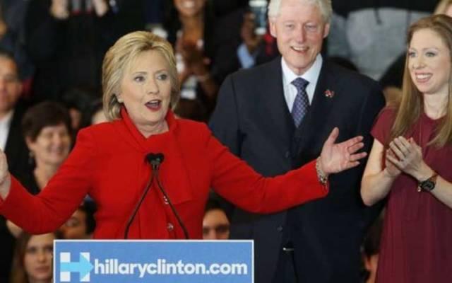 Campaña de Hillary Clinton se proclama ganadora en Iowa - Foto de @business