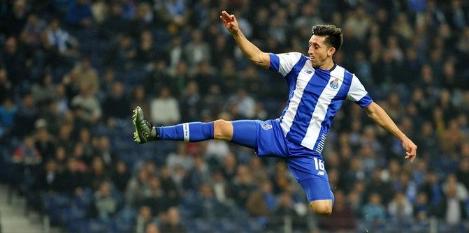 Gana Porto con gol de Herrera - Foto de @record_mexico1