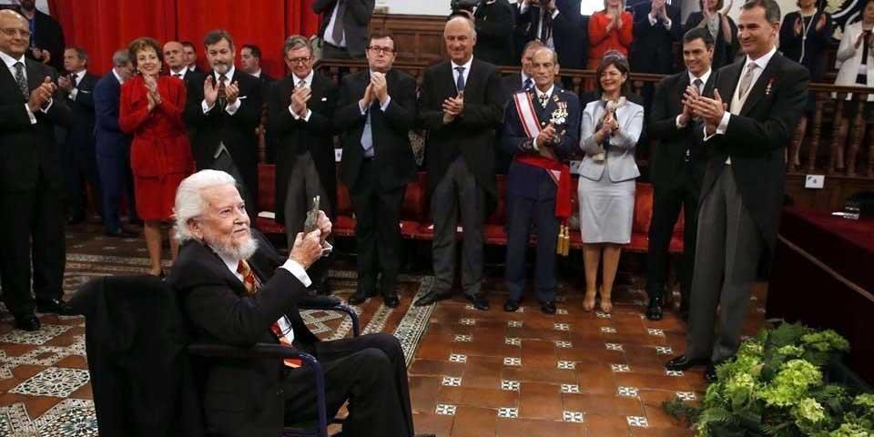 Recibe Fernando del Paso Premio Cervantes 2015 - Foto de EFE