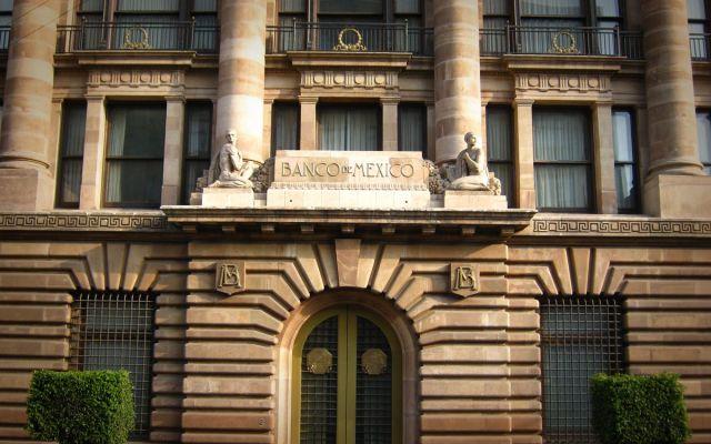 México tiene sistema financiero capaz de resistir choques: Díaz de León - Banco de México. Foto de Alto Nivel