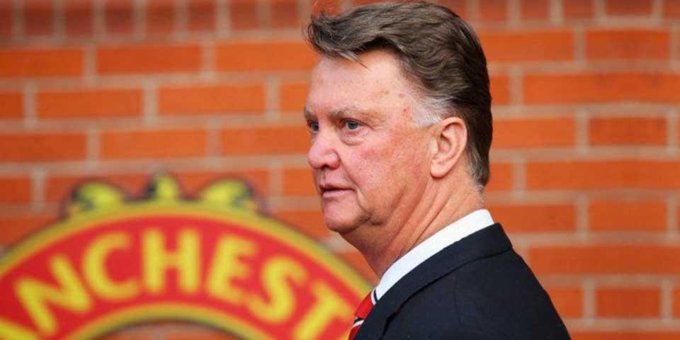 Manchester United destituye a Louis van Gaal - Foto de Sky Sports