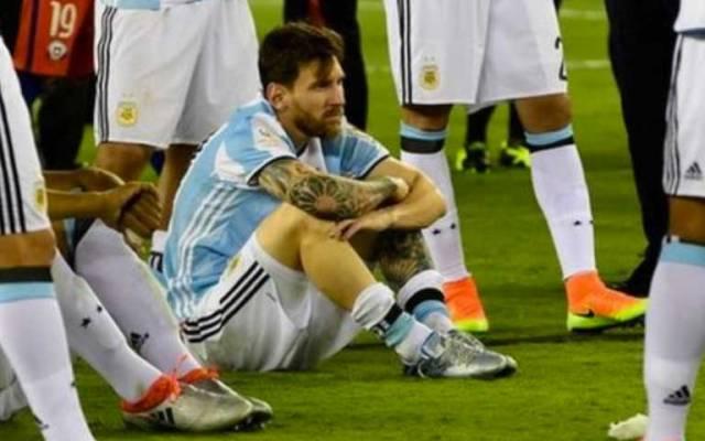 Argentinos piden a Messi no dejar la selección - Foto de Internet