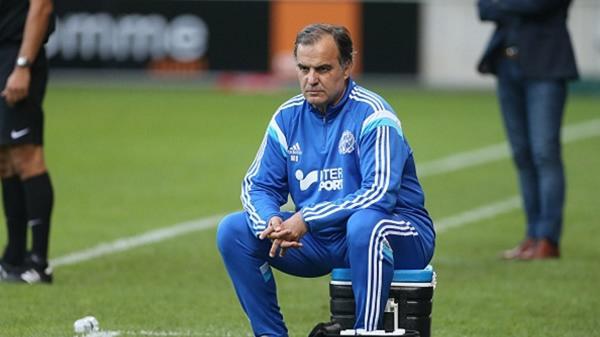 Marcelo Bielsa expresa por qué renunció a la Lazio - Foto de AP.