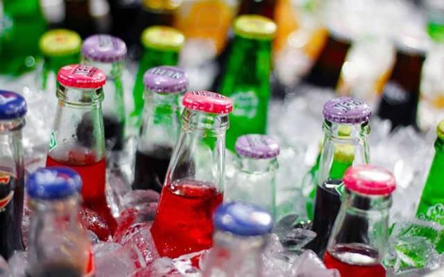 PRD propone incremento de 2 pesos al refresco por litro - Foto de Internet