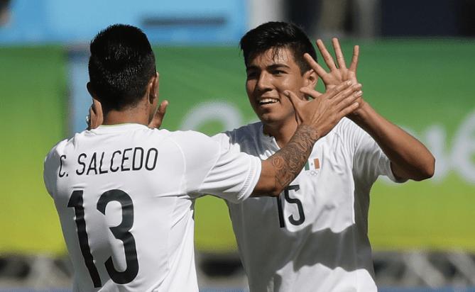 México corrige el rumbo en el segundo tiempo
