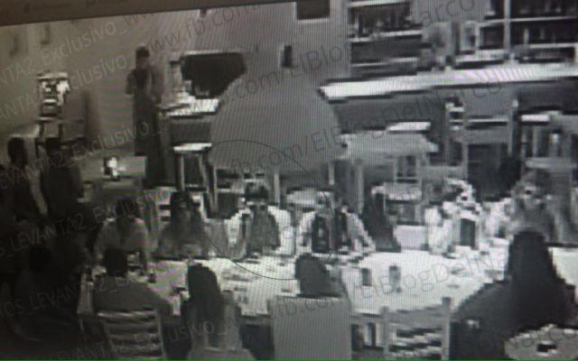 Secuestro del hijo del Chapo fue 'violento pero muy limpio': chef de La Leche - Jesús Alfredo Guzmán y compañía, momentos antes de su secuestro. Fotos de El Blog del Narco.