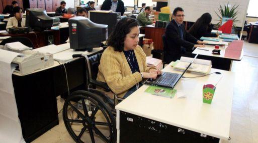 Secretaría del Trabajo crea norma para trabajadores con discapacidad - Foto de Internet
